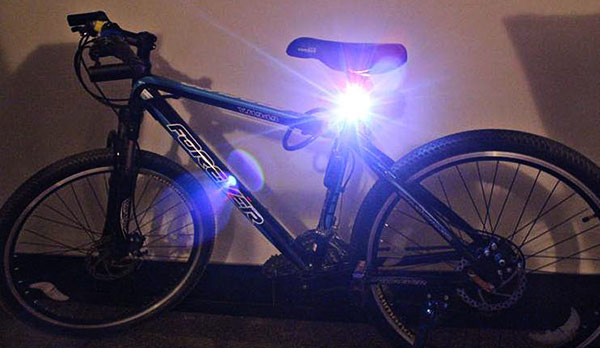 High Quality Waterproof Super Bright White LED Bicycle Rear Safety Light Cycling Lamp Tail Light