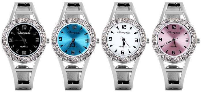 Water Resistant Luxury Quartz Watch with Diamonds Analog Indicate Steel Watchband for Women