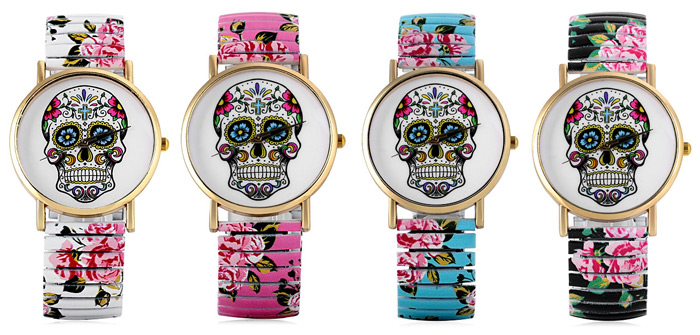 Simply Quartz Watch Halloween Gift with Pointer Display Skull Pattern Round Dial Elastic Watchband for Women