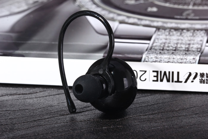 Mini Button Style V4.0 + EDR Multiple Connection Wireless Bluetooth Stereo Headset Hands Free for Music Phonecall