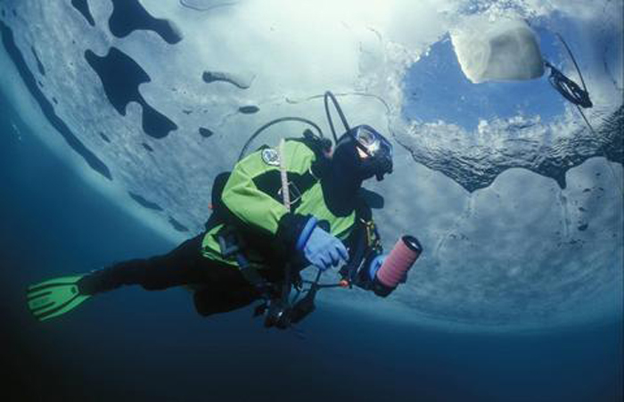 EZDIVE REG1-F2D Ice Diving Balanced Diaphragm First Stage Regulator Professional Divers Necessary