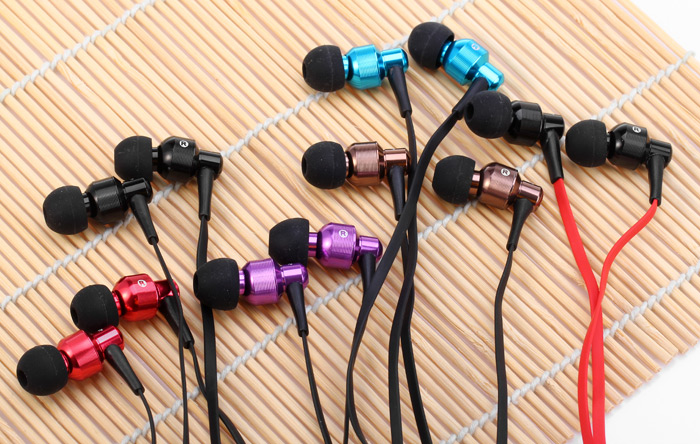 Awei ES500i Super Bass In-ear Earphone with 1.2m Cable Mic for Smartphone Tablet PC