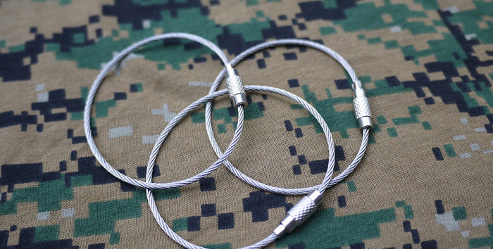 Multifunctional Stainless Steel Wire Rope Keyring Key Chain Outdoor Camping Hiking Cycling Necessary