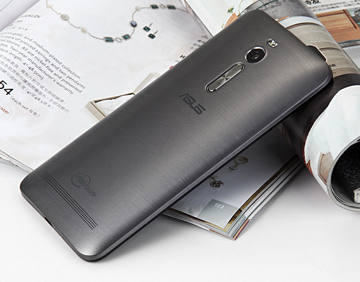 ASUS ZenFone 2 (ZE551ML) 4GB RAM 16GB ROM Android 5.0 4G LTE 5.5 inch Phablet FHD Screen Intel 64bit Z3560 Quad Core 1.8GHz 13MP + 5MP Dual Camera