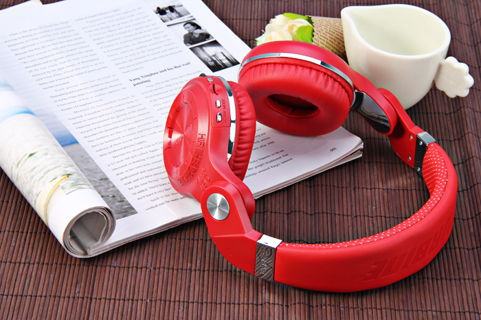 Bluedio T2+ Wireless Bluetooth 4.1 Stereo Headphone Headset Earphone Foldable / Stretchable Support TF Card / FM Function for Smartphones