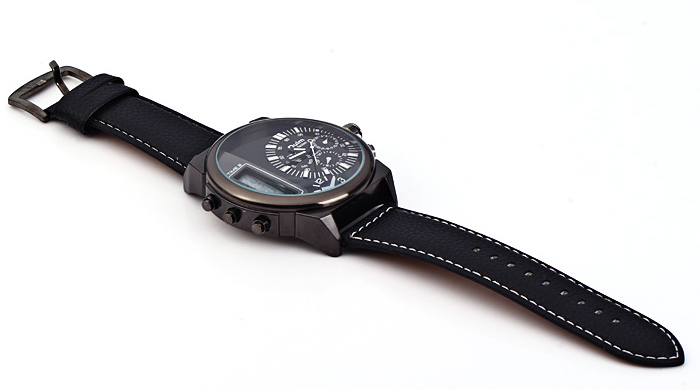 Oulm 3597 Male Quartz Watch Dual Movt Multifunctional Wristwatch