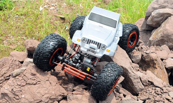 HSP 94880 1 / 8 Scale 2.4GH Electrical RC Rock Crawler 2WD Off-road Truck Model