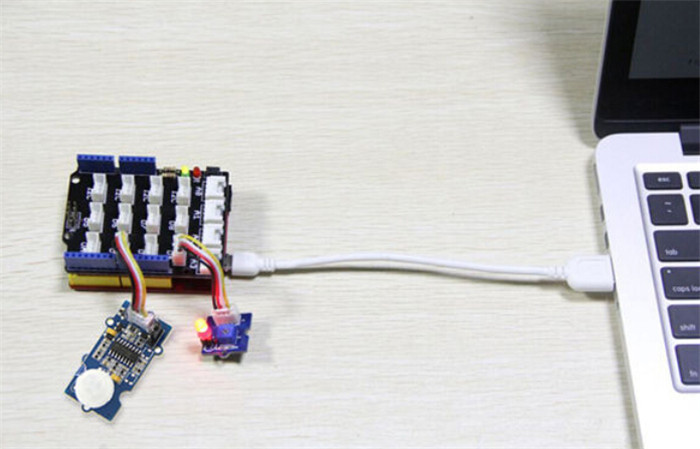 Seeedstudio Grove PIR Motion Sensor Board with Adjustable Detecting Distance / Holding Time Function