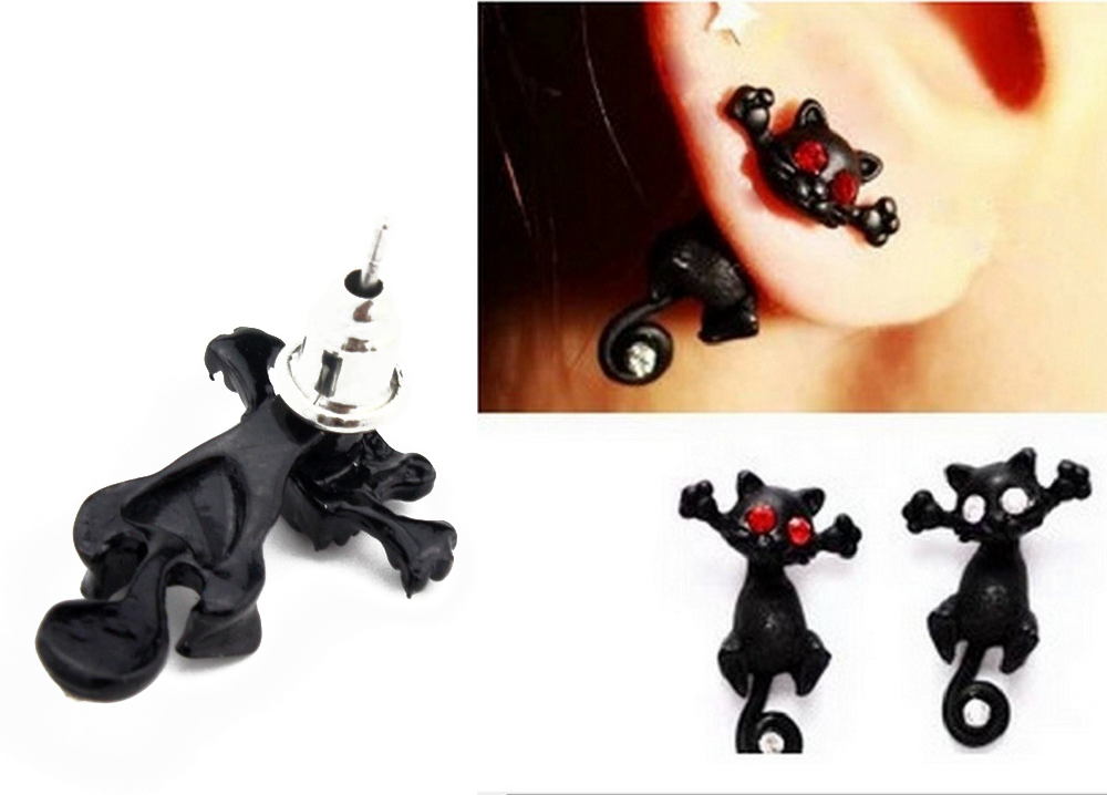 Cat Design Rhinestone Embellished Alloy Single Stud Earring