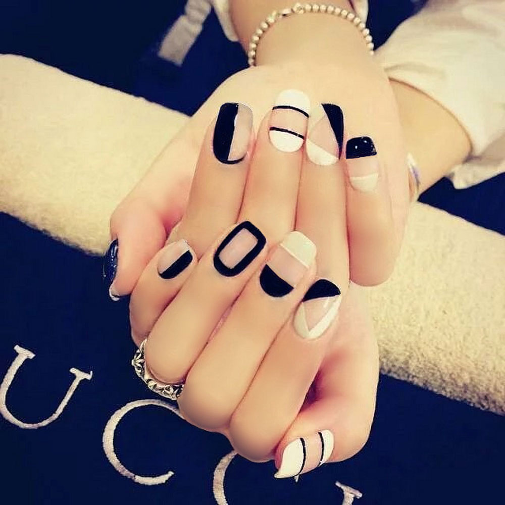 Black White Elegant Wrapping Medium Long Manicure Patch Nail Sticker