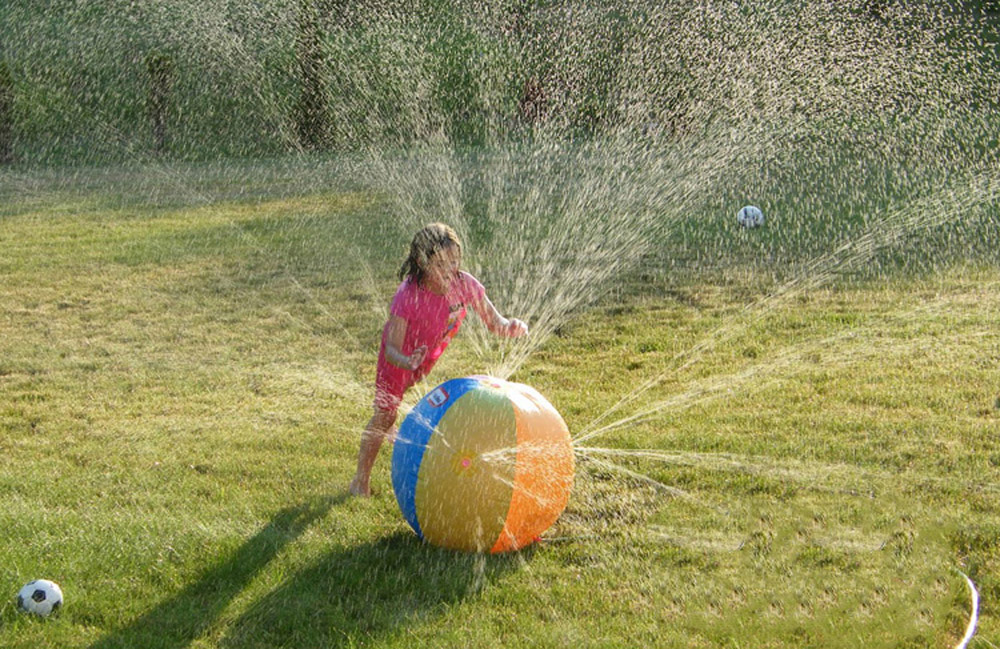 Children Summer Inflatable Water Spray Ball Toy