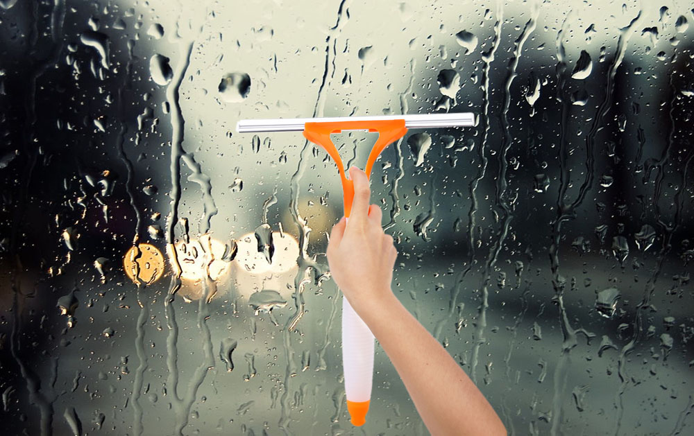 Spray Type Cleaning Brush Glass Wiper Window Clean Shave Car Window Cleaner