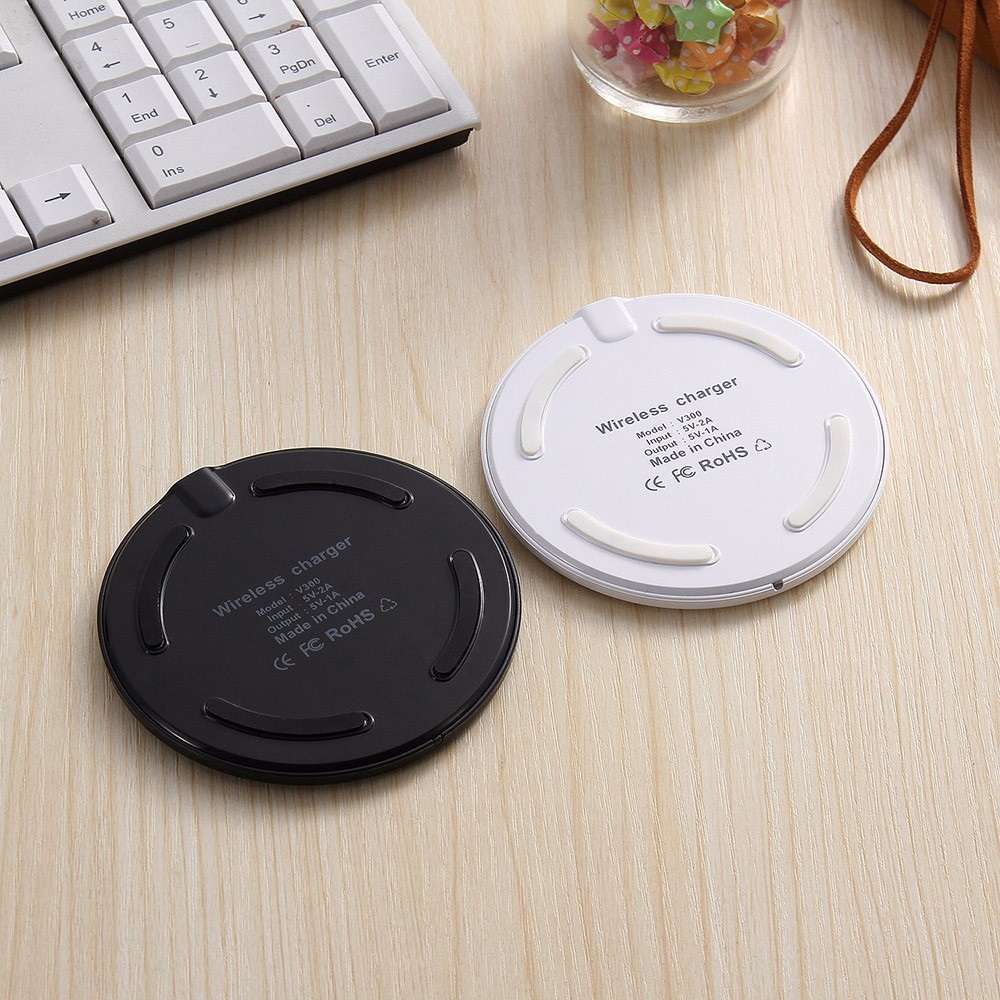 Qi Standard Wireless Charger Mini Charging Stand for Samsung / iPhone