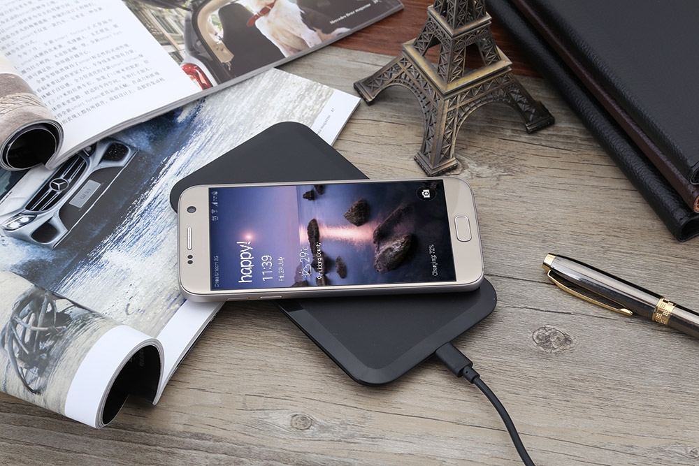 Qi Wireless Charging Station for Samsung Galaxy S6 / S6 Edge