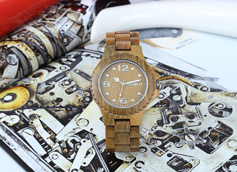 BEWELL ZS-W038A Sandalwood Wooden Unisex Quartz Watch Round Dial Wood Band