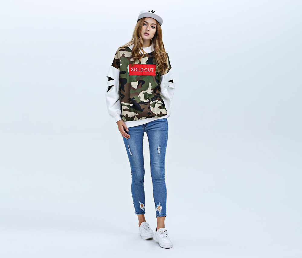 Casual Round Collar Hole Design Long Sleeve Print Women Blouse