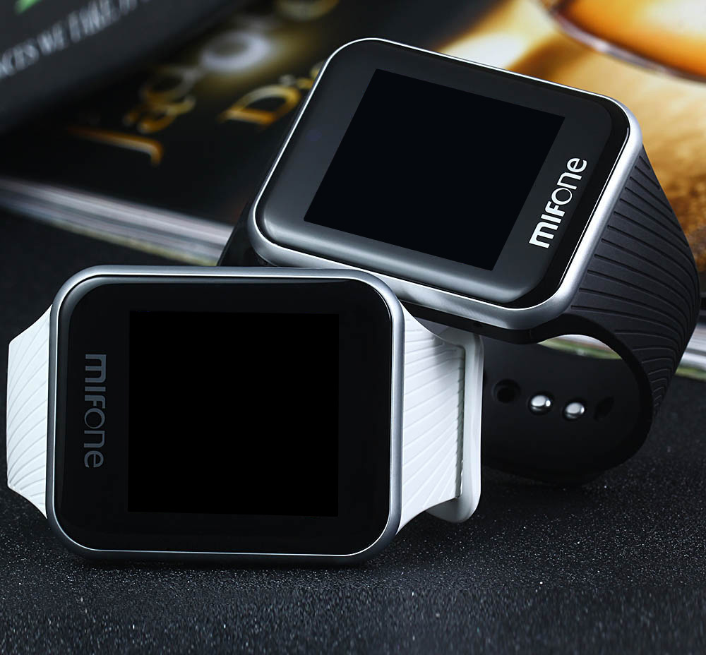 MIFONE W15 Smart Watch with 2.5D Curved Sapphire Touch Screen Tpsiv Anti Allergy Strap