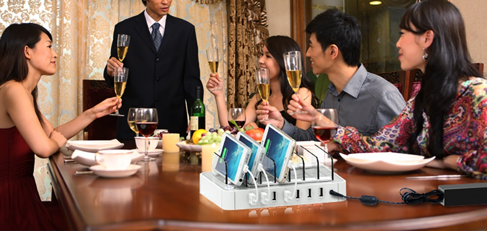 Multifunctional Stand 64.98W 7-port USB Output Charging Station for Multiple Mobile Devices