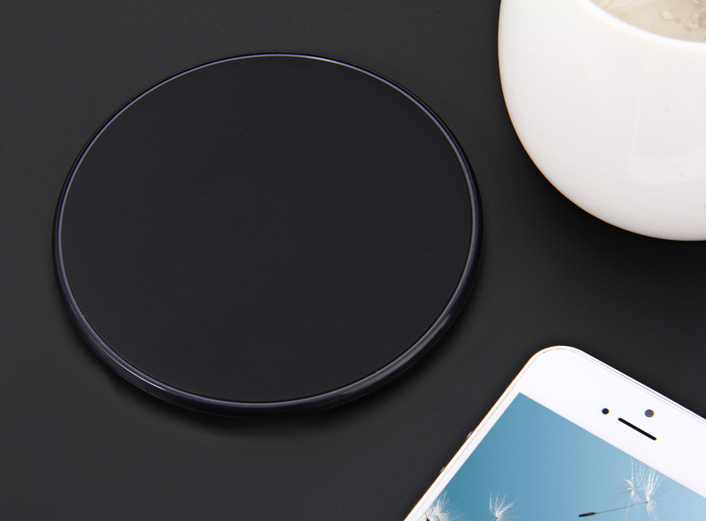 NW180 Qi Wireless Charging Pad Circular Charger for Samsung S6 / S7 / Note 5 etc.