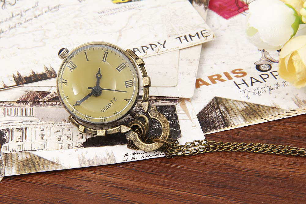 Retro Pocket Mechanical Watch Transparent Globular Covers Necklace Wristwatch