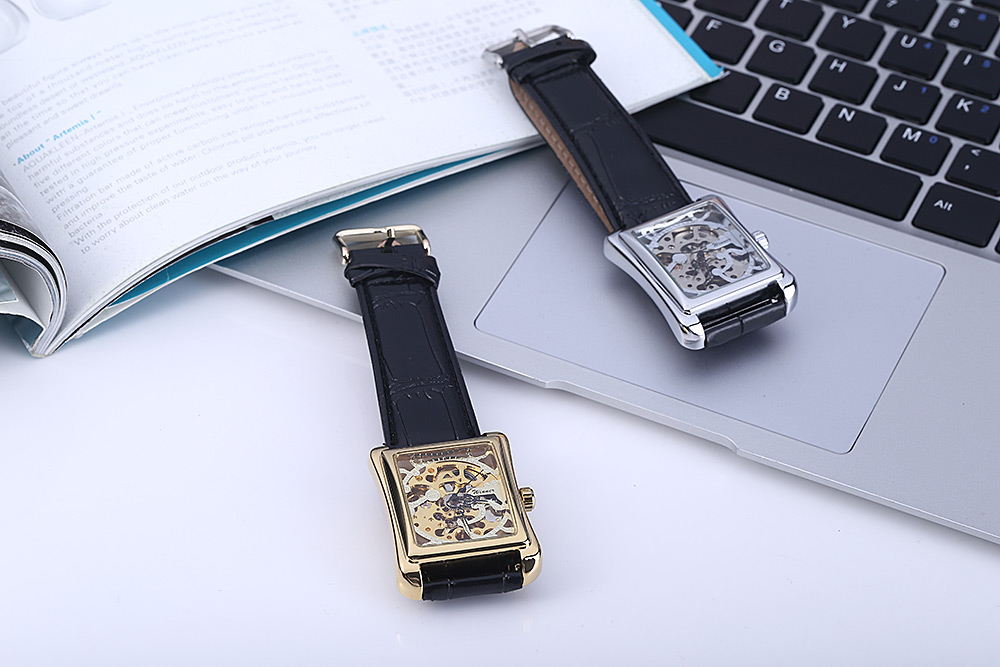 Winner W09 Men Mechanical Hollow Out Watch Leather Band  Life Water Resistance