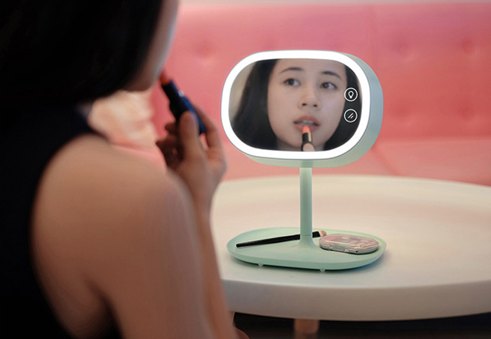 3 in 1 LED Lighted Makeup Mirror Table Lamp Small Gadgets Storage Rack