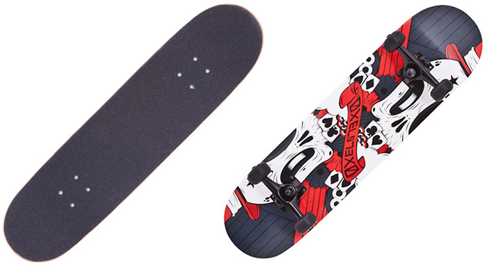 Oxelo Four Wheels Skateboard with Canada Maple Deck for Entertainment