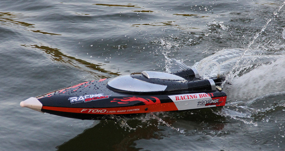 FeiLun FT010 2.4G RC Racing Boat Built-in Cooling System with Righting Function