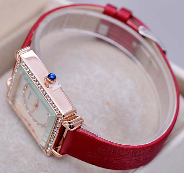 KEZZI Rectangle Diamond Dial Snowflake Imported Quartz Movt Female Watch