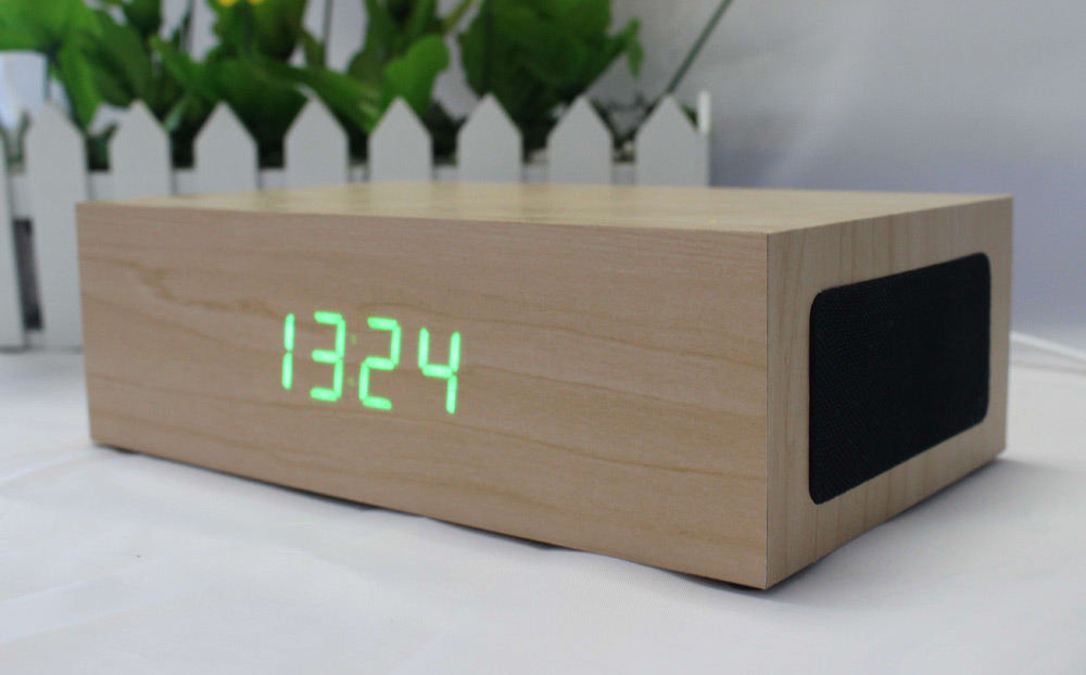 C75 Wood Multifunction Bluetooth 3.0 Stereo Speaker Wireless Power Charger with Time Display Handsfree Calls