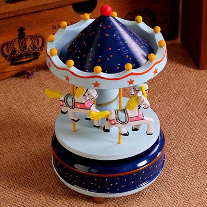 Romantic Carousel Wind-up Music Box Home Decoration / Collection