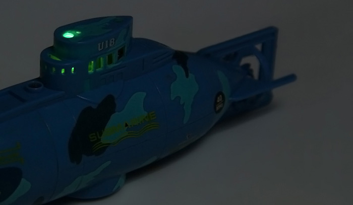 CREATE TOYS NO.3311 Sea Wing Star 40MHz 3CH Remote Control Submarine with Light