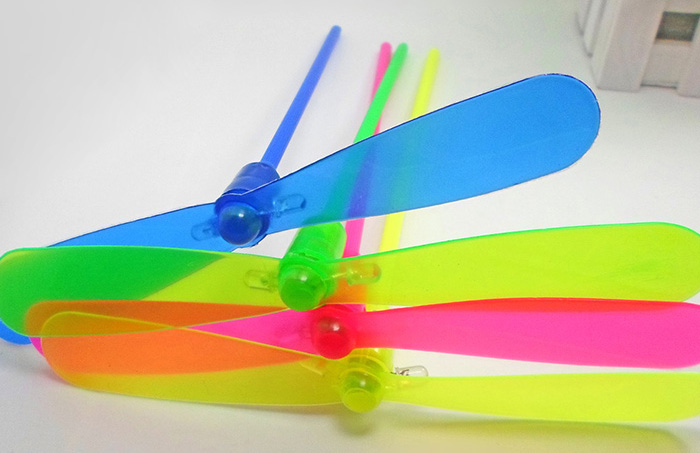 1PC Luminous Flash Dragonfly Propeller Kid Toy Gift for Outdoor Play