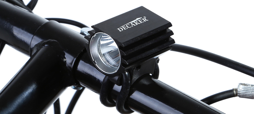 DECAKER 4 Modes 800Lm XM - L2 LED Bicycle Light 8W 6500 - 7000K