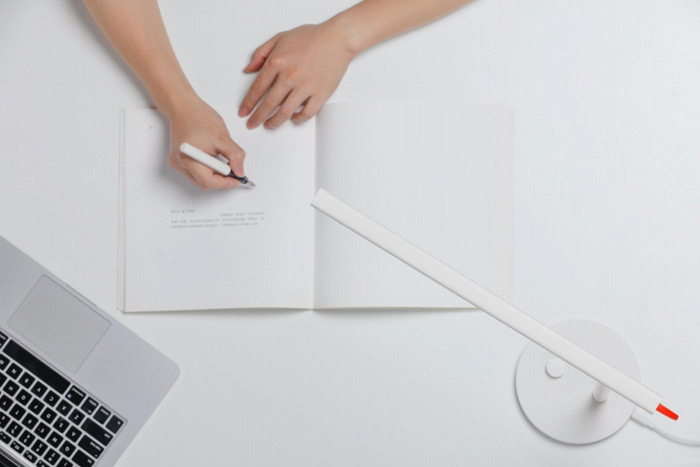 Xiaomi Mijia Smart LED Desk Lamp Flicker-free Intelligent Dimming 4 Lighting Modes