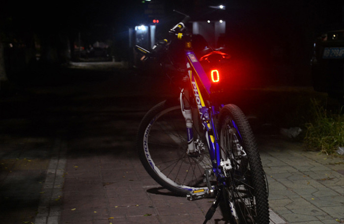 Meilan X6 USB Rechargeable Smart Bike Rear Light with 6 Modes 16 LED for Night Cycling