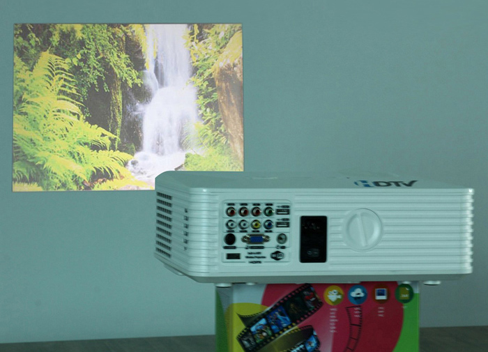 PRS200 1500LM 800 x 480 Pixels LED Projector with HDMI VGA RCA USB S-video Input Support 1080P