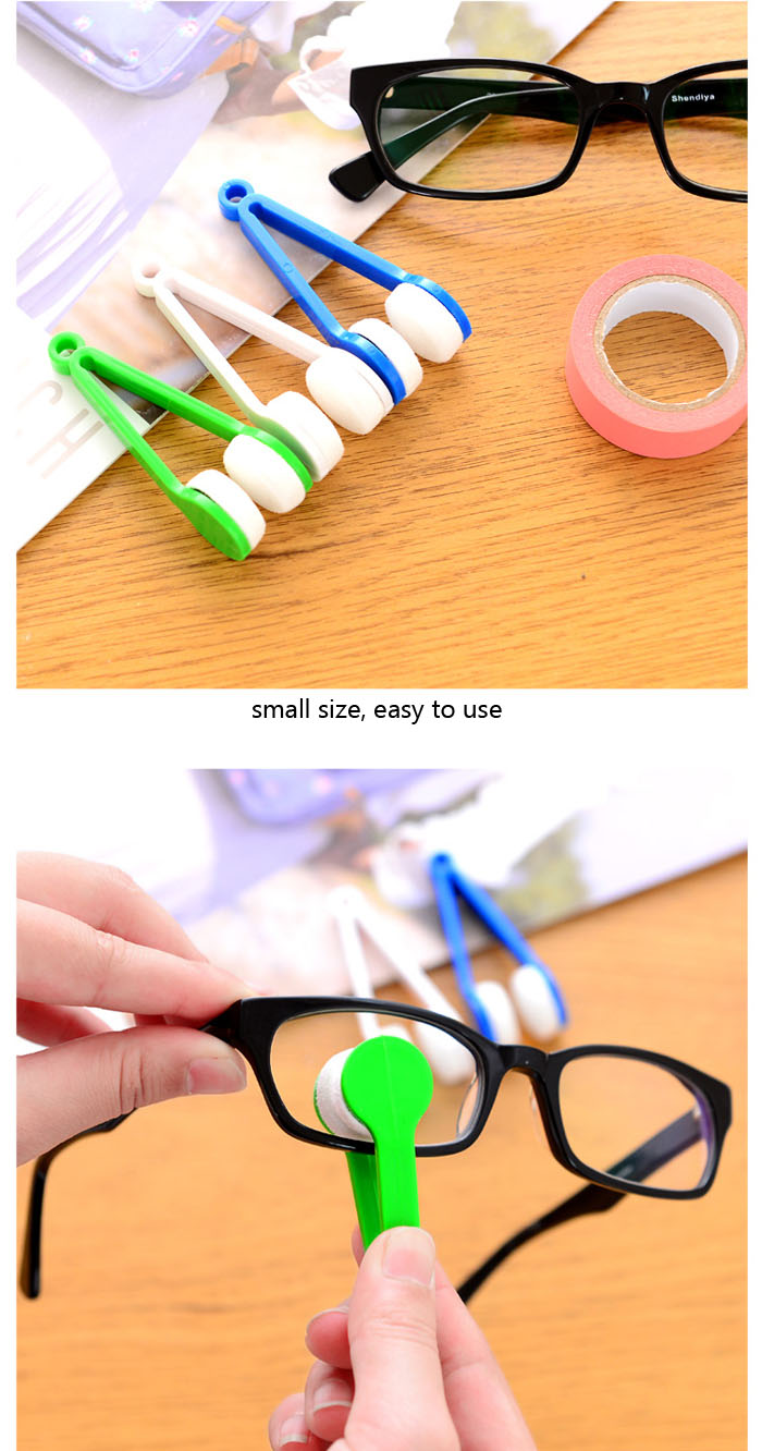 1 Piece of Creative Portable Multifunctional Eyeglasses Lens Cleaning Brush