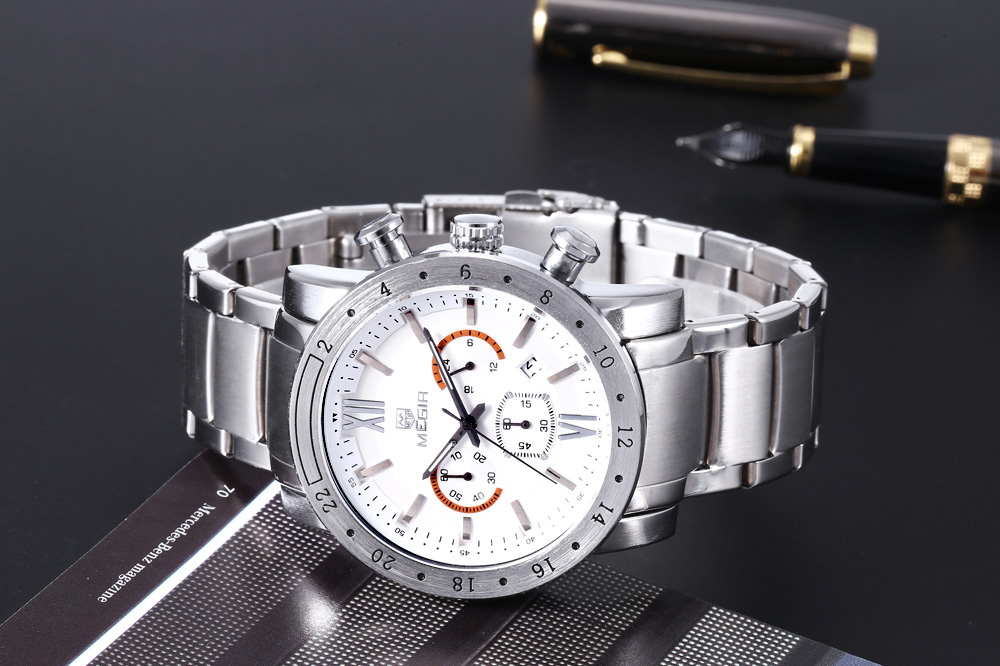 MEGIR 3008 30M Water Resistance Male Quartz Watch with Date Display Luminous Pointer Stainless Steel Band