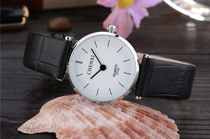 CHENXI 072A Fashion Simple Two Pointers Quartz Couple Watches with Leather Strap