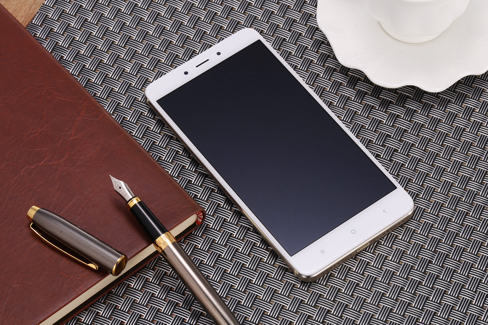 Xiaomi Redmi Note 4 MIUI 8 5.5 inch 4G Phablet Helio X20 2.1GHz Deca Core 3GB RAM 64GB ROM 2.5D Arc Screen Fingerprint Scanner 13.0MP Rear Camera GPS