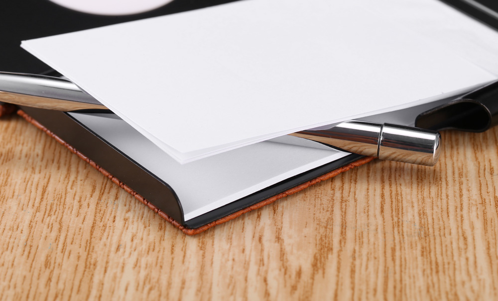SEZU UW - E06 2 in 1 Note Pads 1500mAh Portable Power Bank Grid Pattern Leather Wrapping