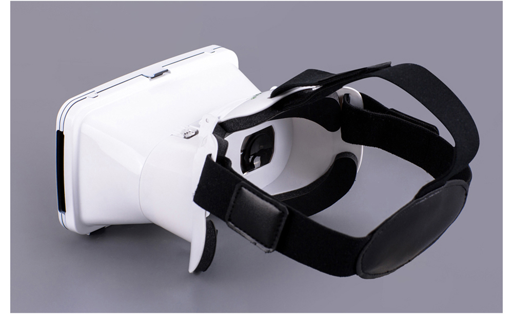 RITECH Riem 3 Virtual Reality 3D VR Glasses Head Mounted Headset Private Theater with Remote Control for 3.5 - 6 inches Smartphone