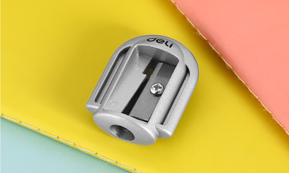 Deli 0595 Manual Pencil Sharpener for School / Office