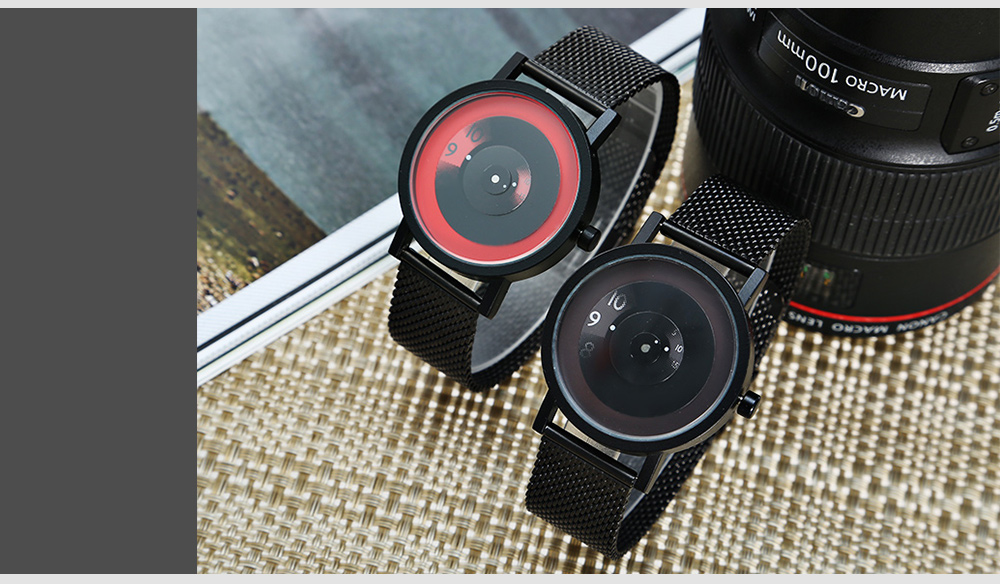 018 Fashion Unisex Quartz Watch with Round Pointer