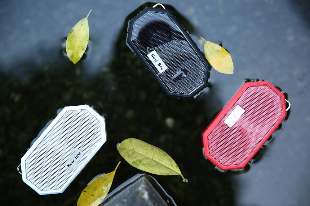 New Bee NB - S2 Speaker Bluetooth 4.0 Portable Wireless Music Player