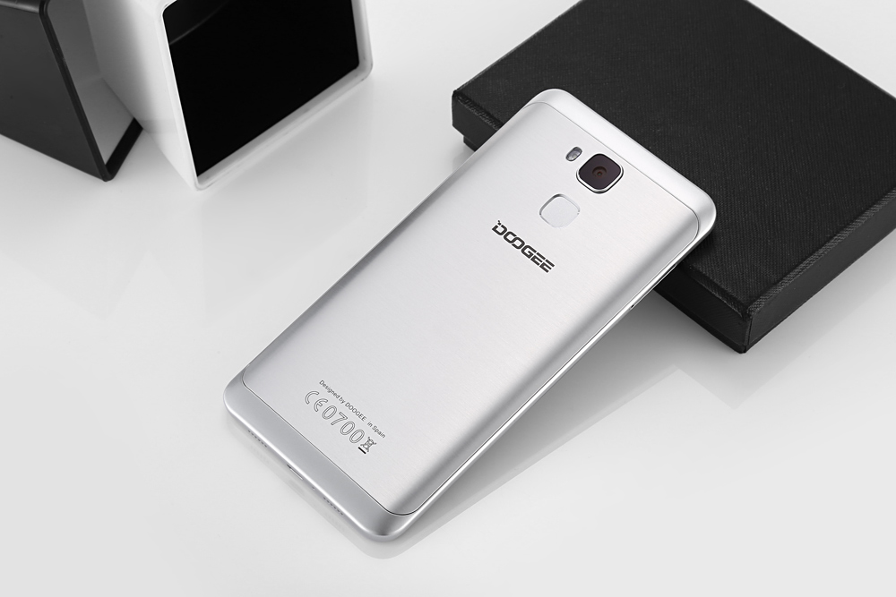 DOOGEE Y6C Android 6.0 5.5 inch 4G Phablet MTK6737 1.3GHz Quad Core 2GB RAM 16GB ROM 8.0MP Front Camera