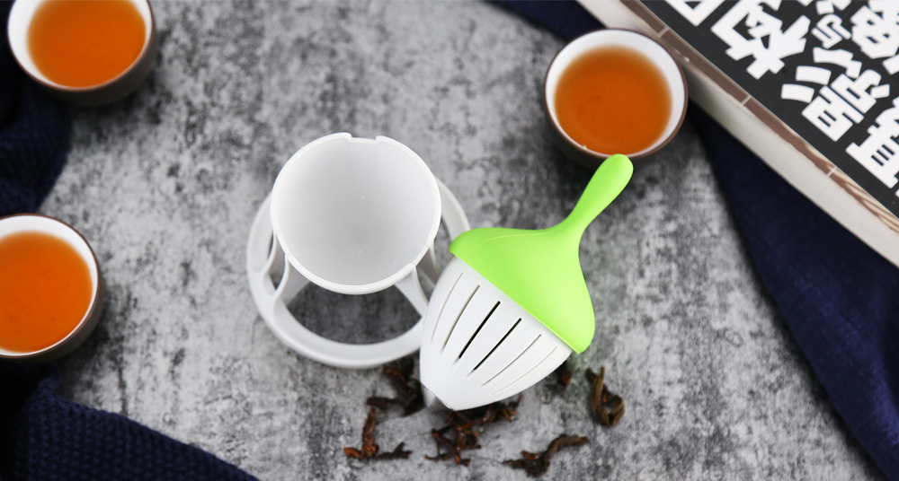 Creative Tea Infuser Strawberry Strainer with Rack